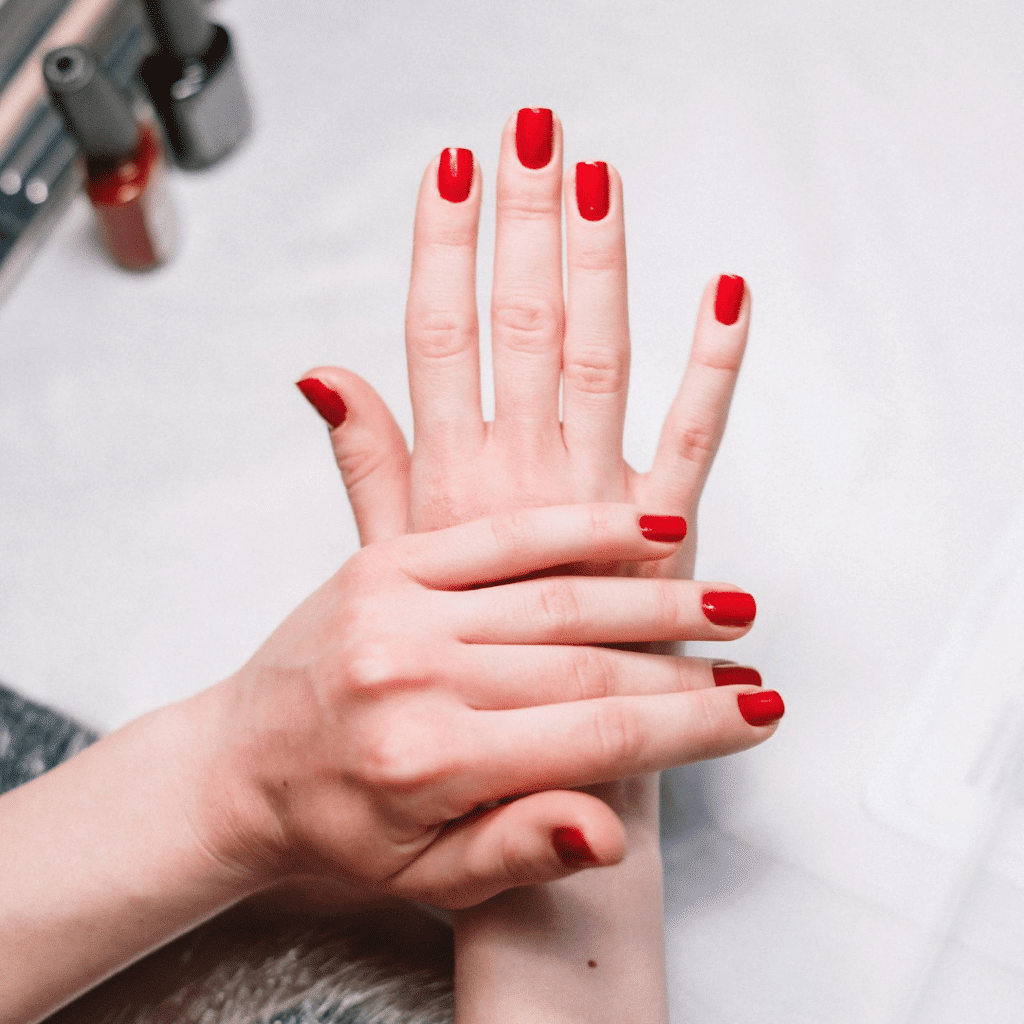 KEEPING SAFE WHEN VISITING A BEAUTY SALON